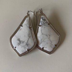 BEAUTIFUL HOWLITE LARGE ALEXANDRA EARRINGS